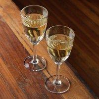 lampki białego wina